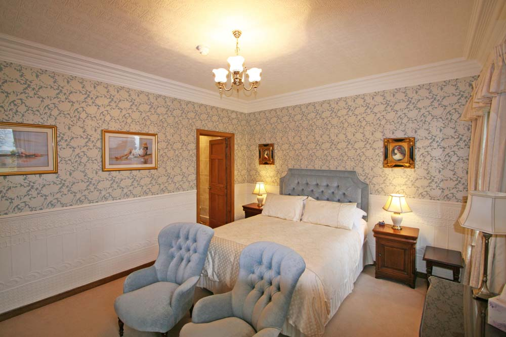 Bedroom 2 : The Edwardian Room